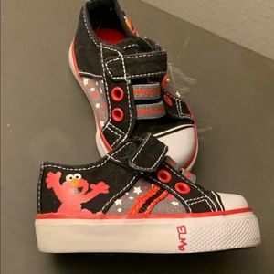 Other - Elmo shoes